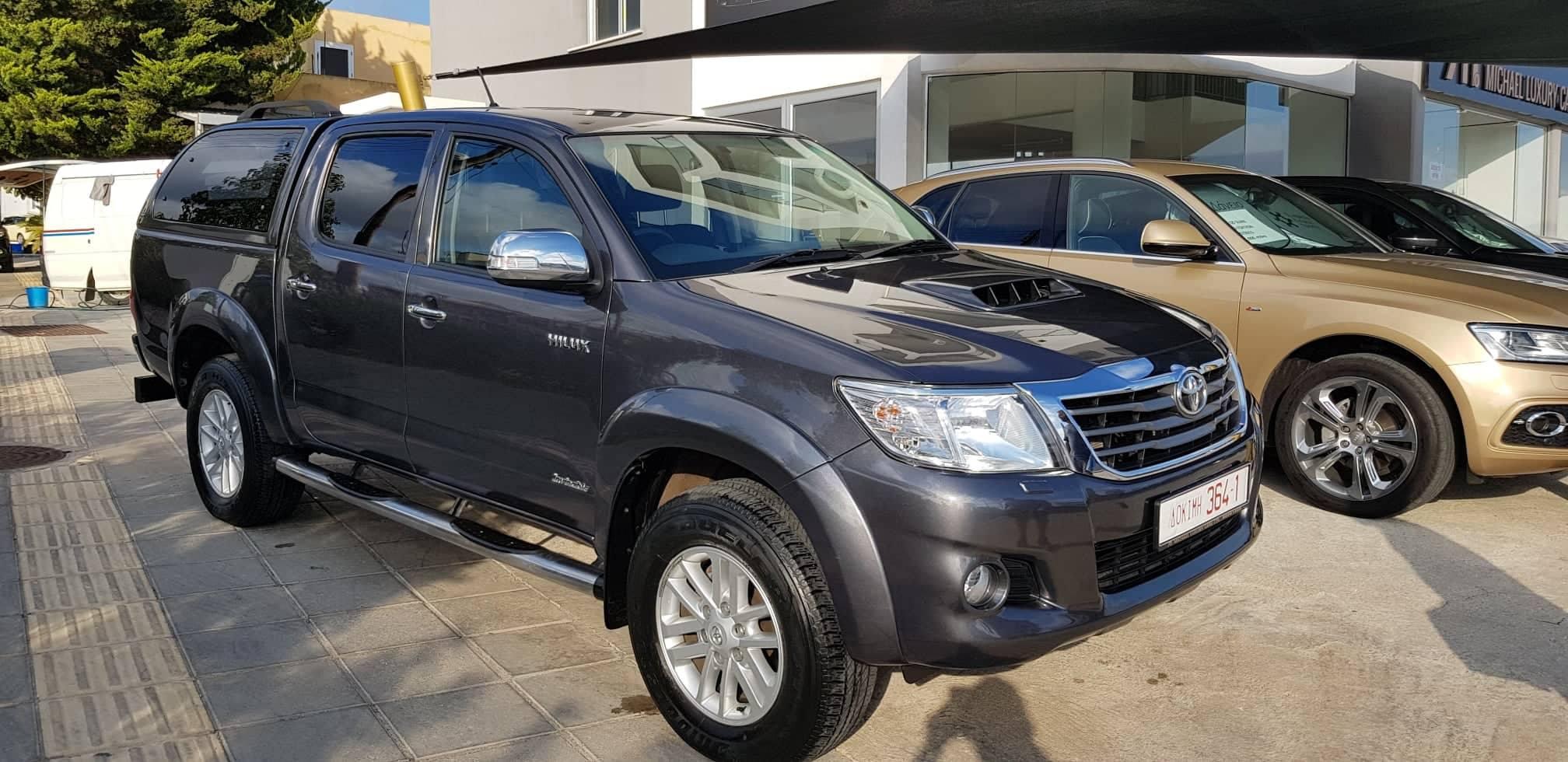 Toyota Hilux – Invicible