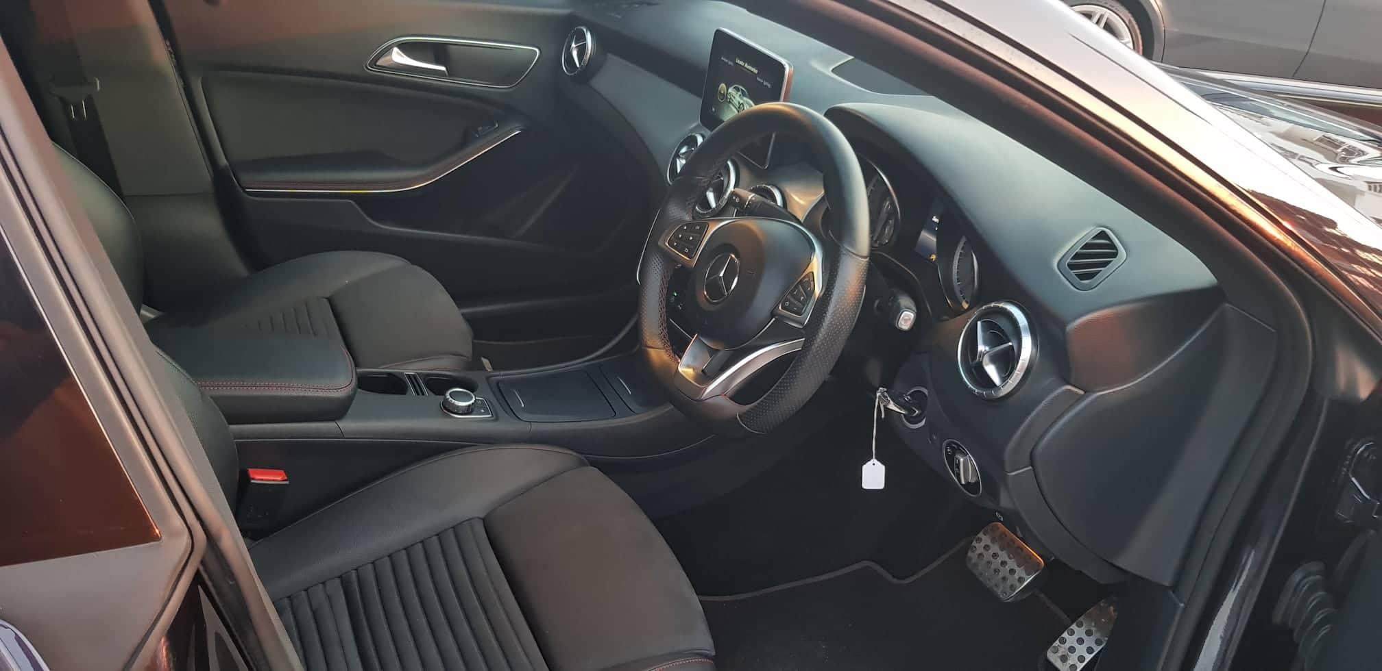 Mercedes Benz CLA 220D AMG