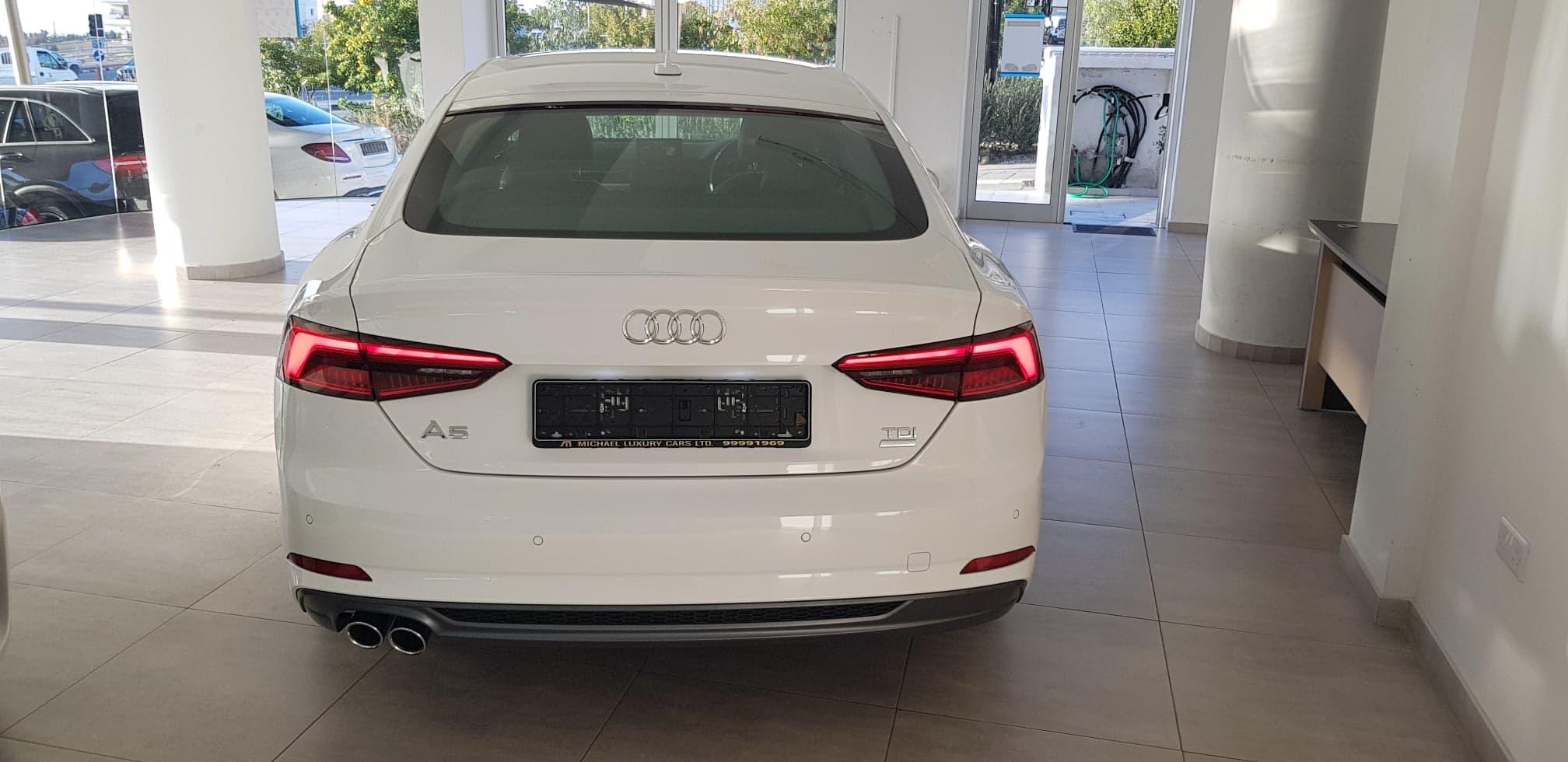 Audi A5 Sportsback 2.0 TDI S LINE Hatchback
