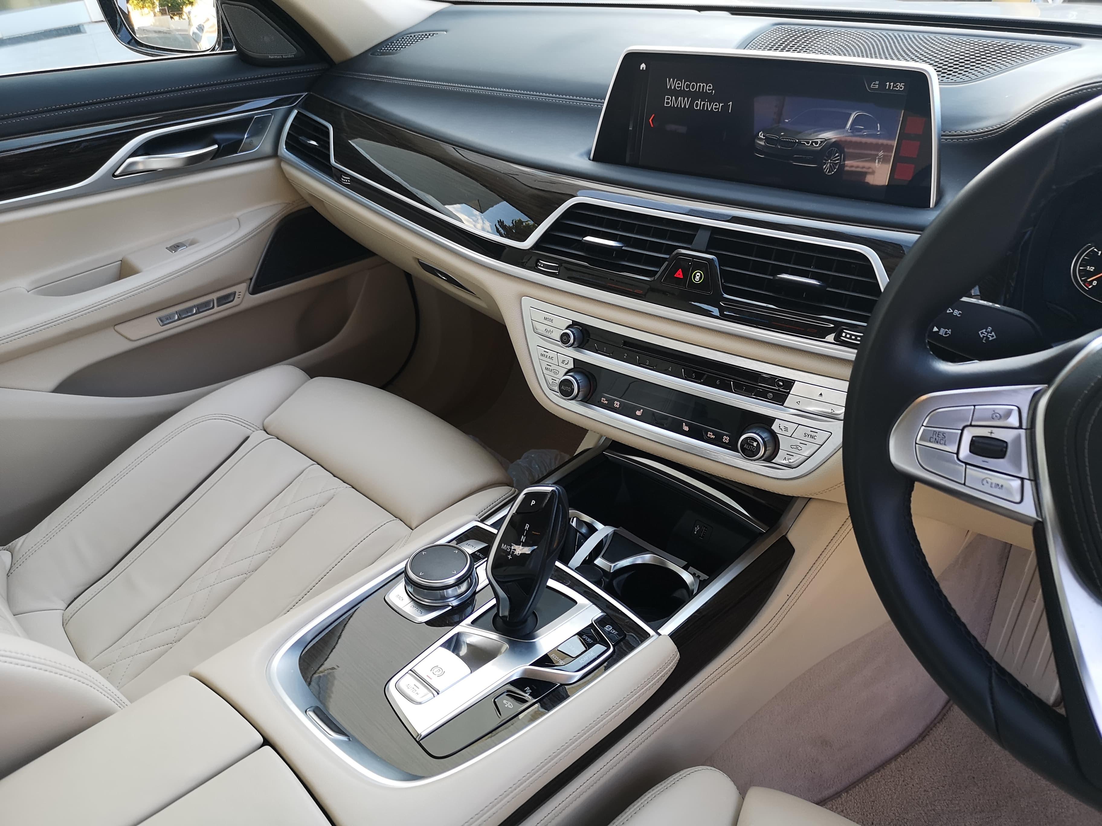 BMW 750i 2018
