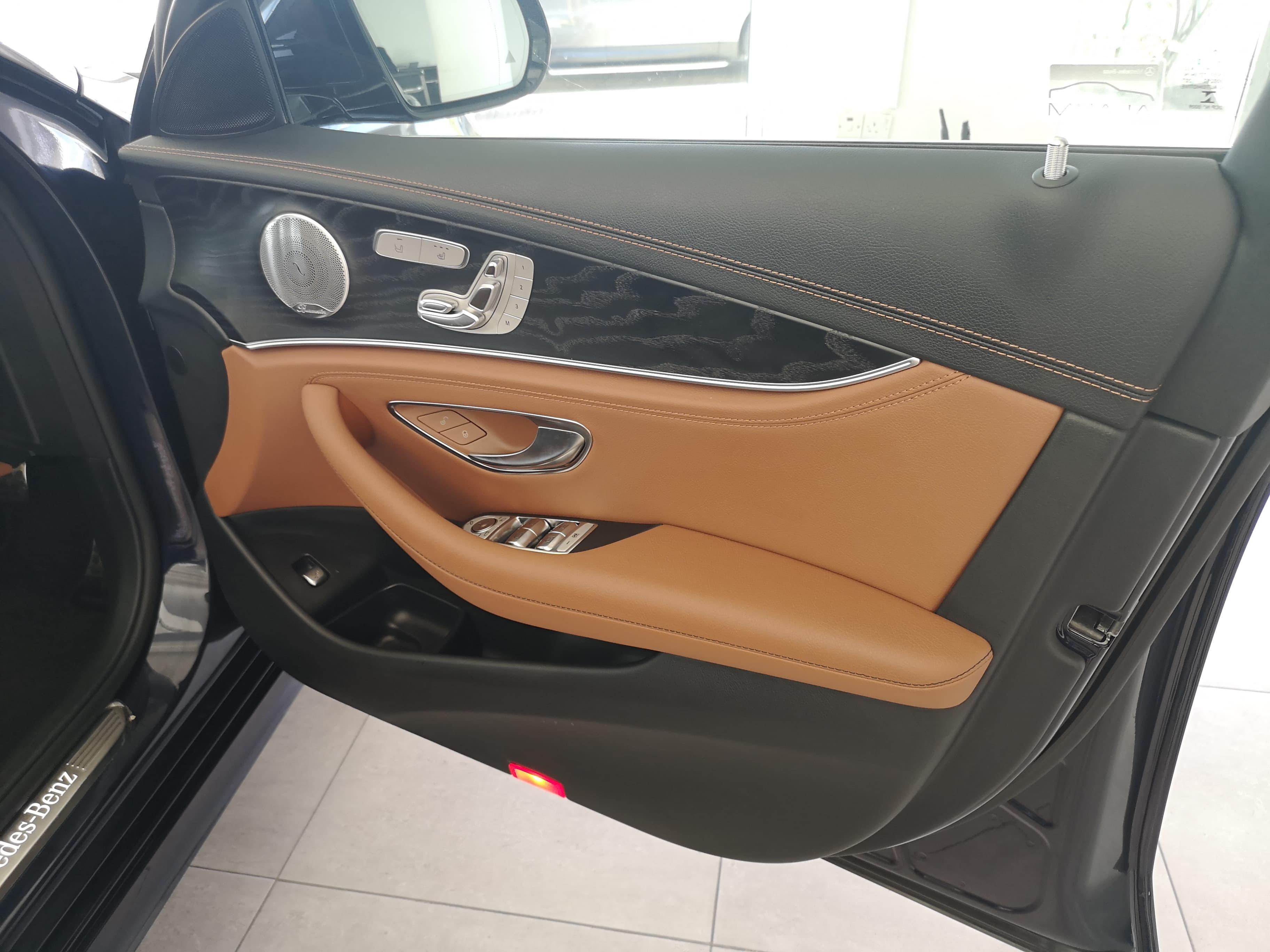 Mercedes-Benz E Class 2019 E 400 D 4Matic AMG Line PREMIUM PLUS