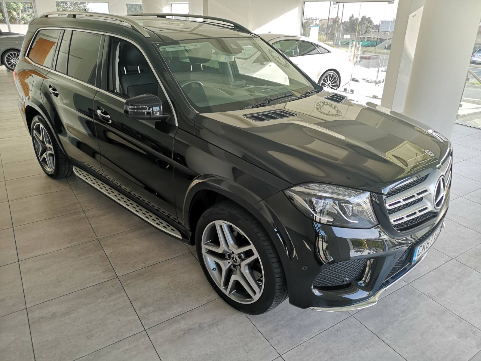 Mercedes GLS 350D 4MATIC  7 Seater