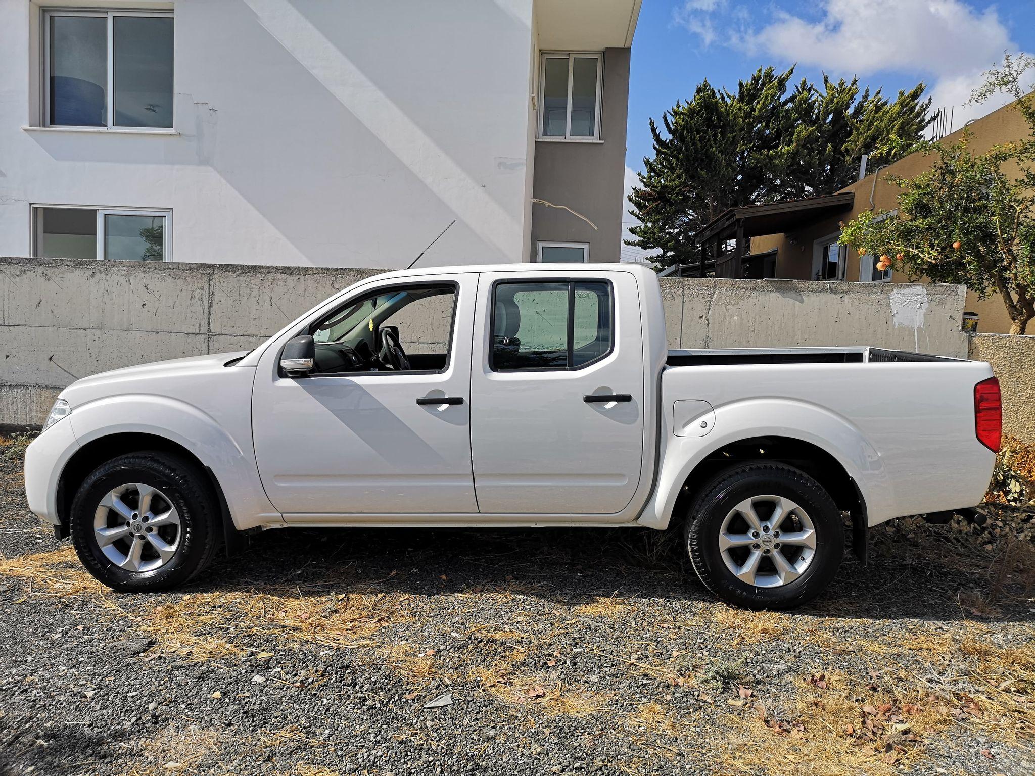 Nissan Navara 2.5L