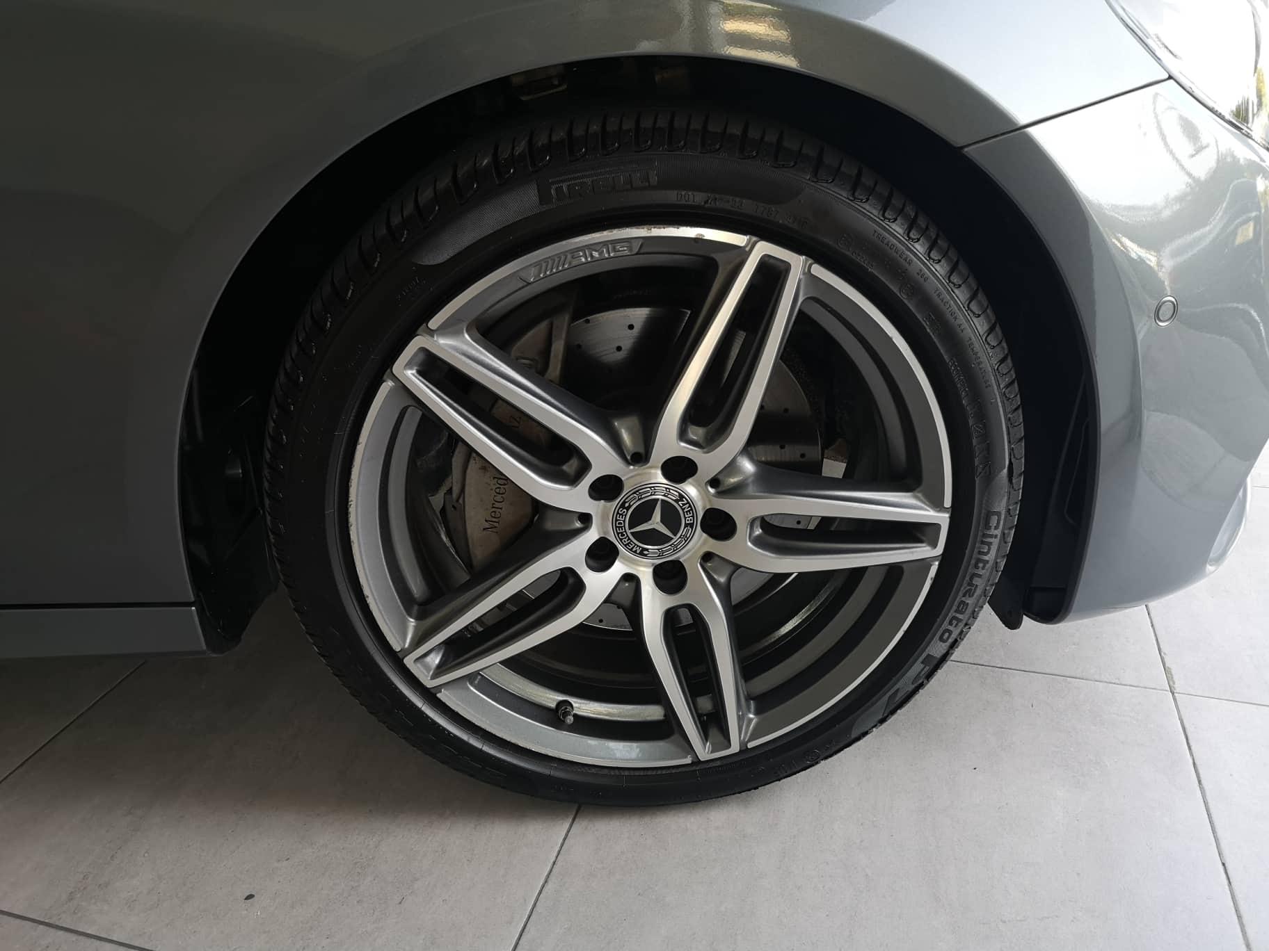 MERCEDES-BENZ E220 D AMG PREMIUM Plus